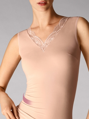 Cotton Contour Lace Forming Top