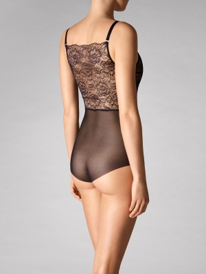 Stretch Lace Forming Body